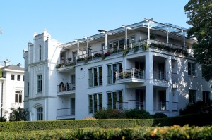 Moderne Architektur trifft Gründerzeit Architektur